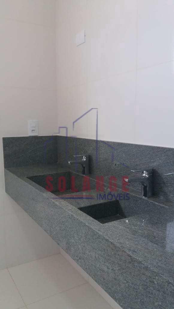 Casa com 3 dorms, Jardim Itália, Amparo - R$ 980 mil, Cod: 2356