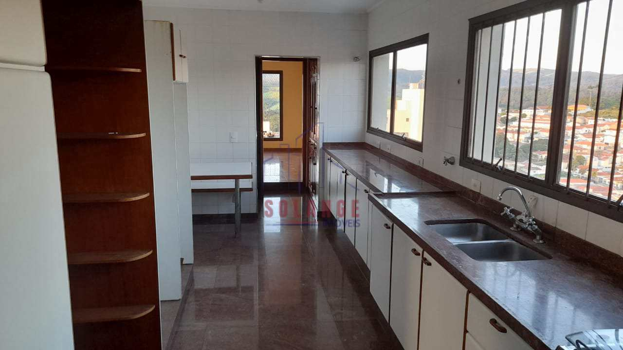 Apartamento com 4 dorms, Centro, Amparo, Cod: 2402