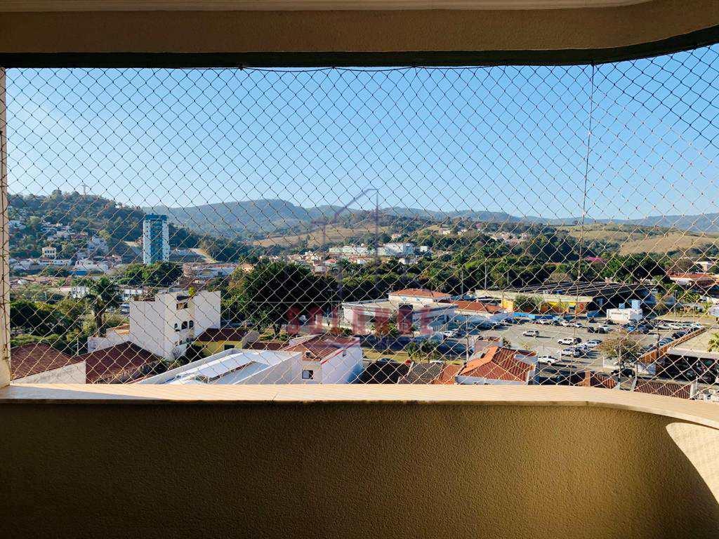 Apartamento com 3 dorms, Centro, Amparo - R$ 590 mil, Cod: 2509