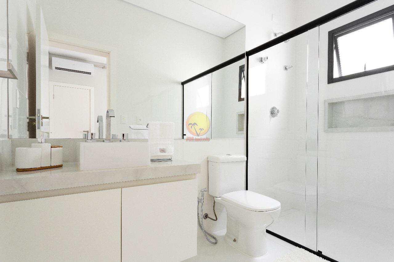 Casa com 5 dorms, Riviera de São Lourenço, Bertioga - R$ 4.700.000,00, 374,11m² - Codigo: 3390