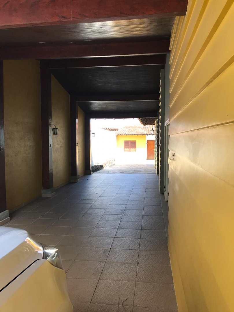 Casa com 5 dorms, Centro, Itapecerica da Serra, Cod: 762
