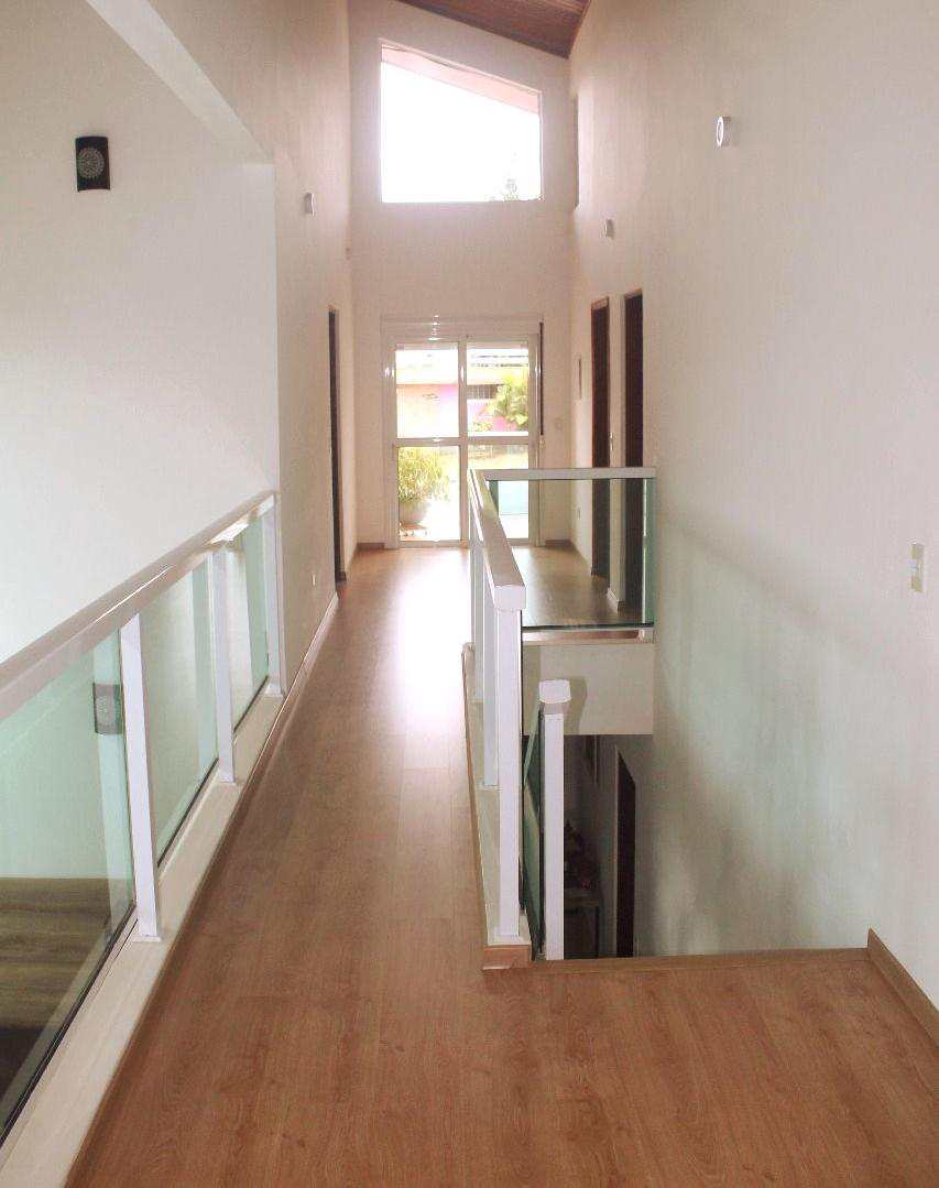Casa de Condomínio com 3 dorms, Parque Delfim Verde, Itapecerica da Serra - R$ 1.28 mi, Cod: 708