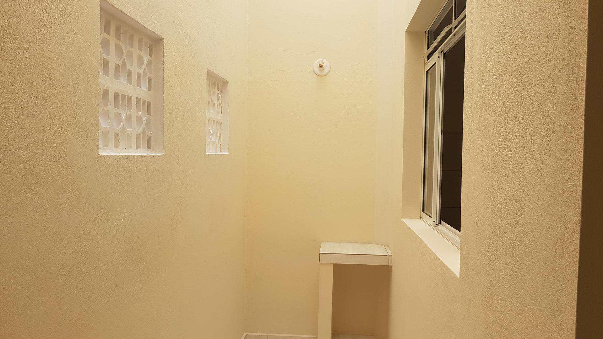 Apartamento com 1 dorm, Jardim das Palmeiras, Itapecerica da Serra, Cod: 452