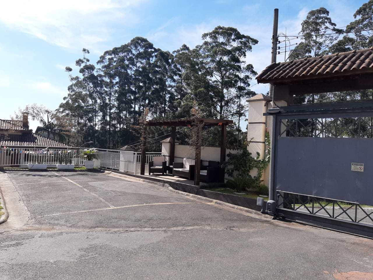 Casa de Condomínio com 3 dorms, Parque Delfim Verde, Itapecerica da Serra - R$ 600 mil, Cod: 1326