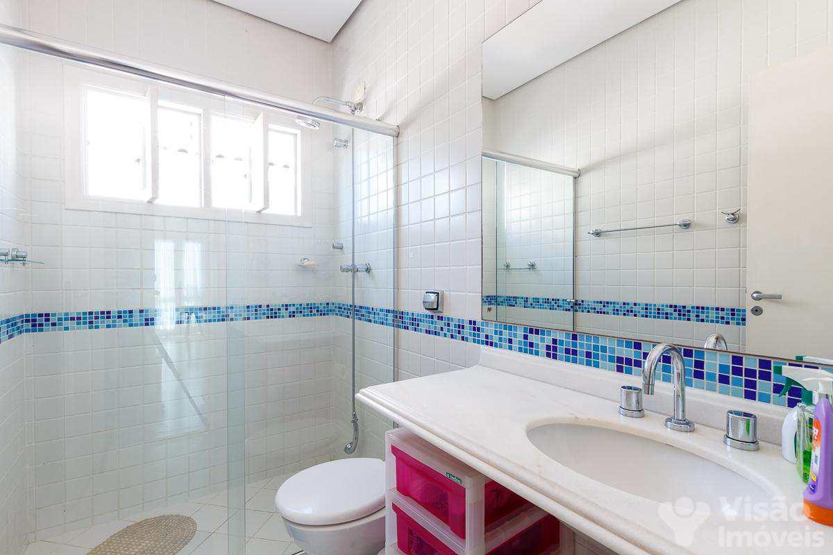 Banheiro superior-1