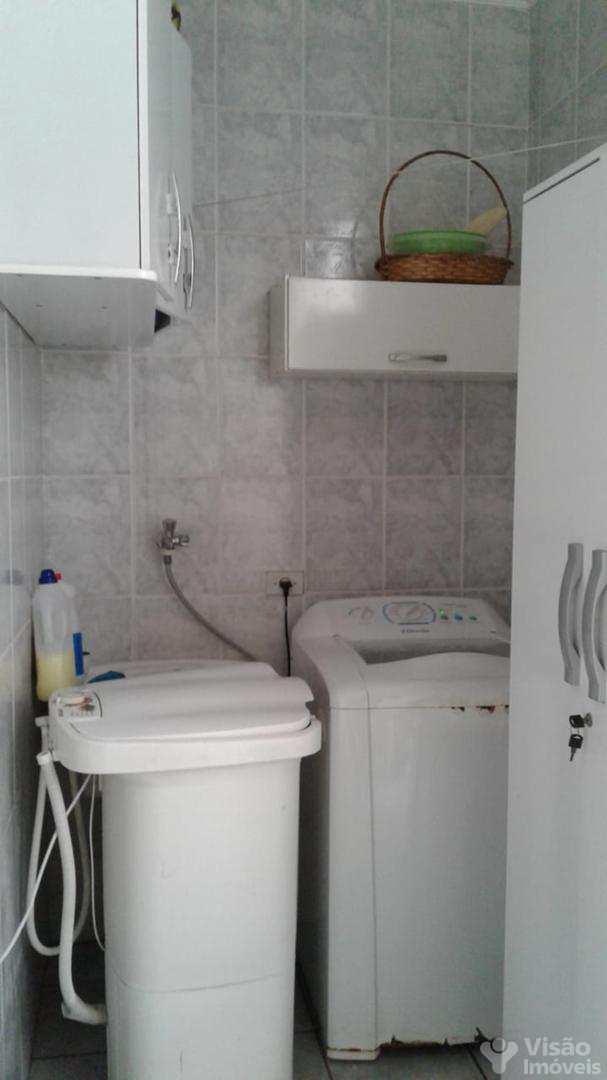 Casa com 2 dorms, Mombaça, Pindamonhangaba - R$ 210 mil, Cod: 1920015