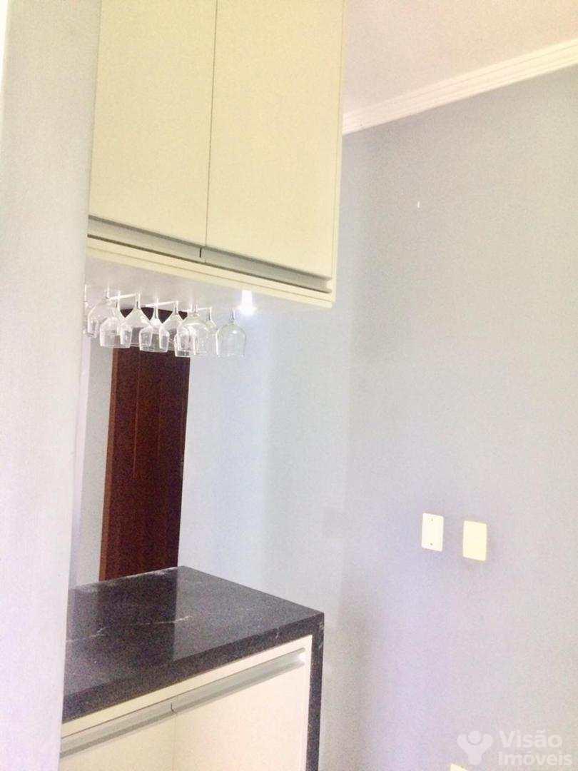 Apartamento com 2 dorms, Conjunto Residencial Araretama, Pindamonhangaba - R$ 150 mil, Cod: 1920017