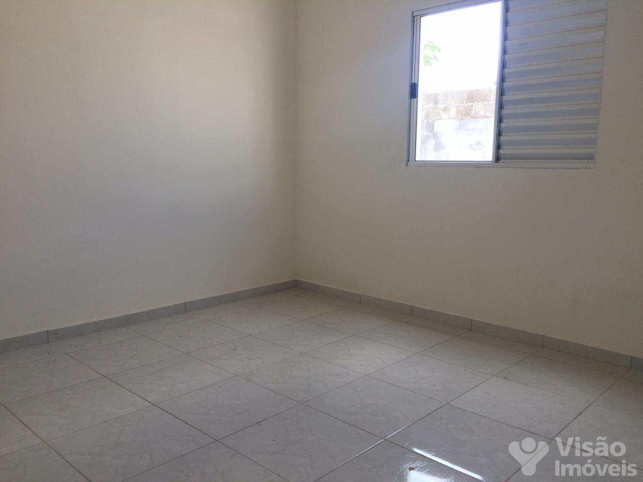 Casa com 2 dorms, Residencial Comercial Cidade Vista Alegre, Pindamonhangaba - R$ 142 mil, Cod: 1920024