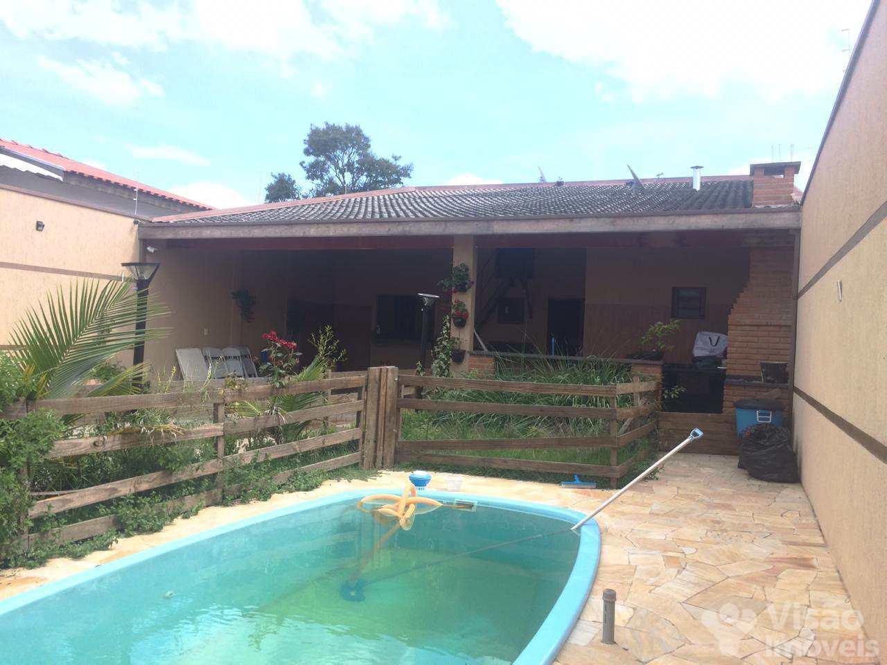 Casa com 2 dorms, Flor do Vale, Tremembé - R$ 320 mil, Cod: 1920033