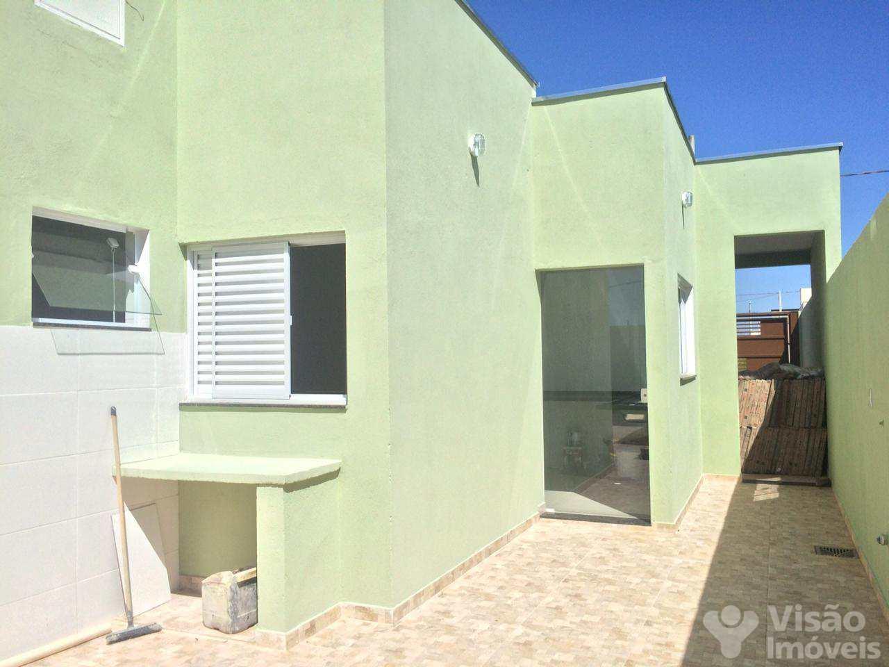 Casa com 2 dorms, Loteamento Residencial e Comercial Flamboyant, Pindamonhangaba - R$ 244 mil, Cod: 1920067