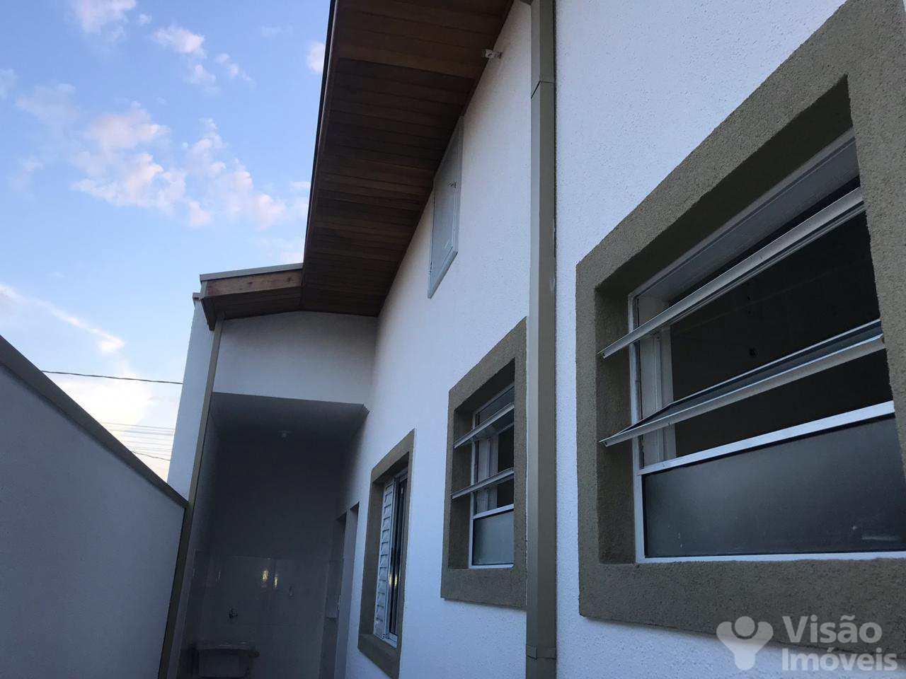 Casa de Condomínio com 2 dorms, Vila dos Comerciários 2, Taubaté - R$ 250 mil, Cod: 1920076