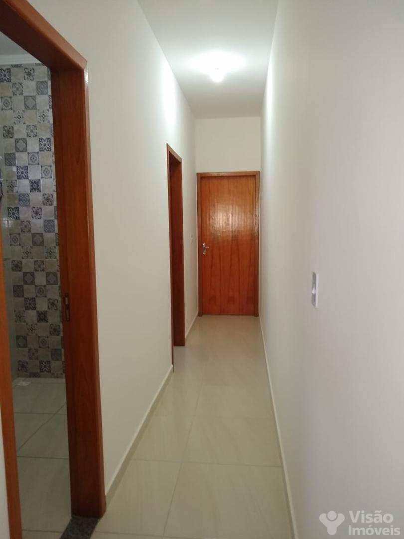 Casa com 2 dorms, Mantiqueira, Pindamonhangaba - R$ 175 mil, Cod: 1920077