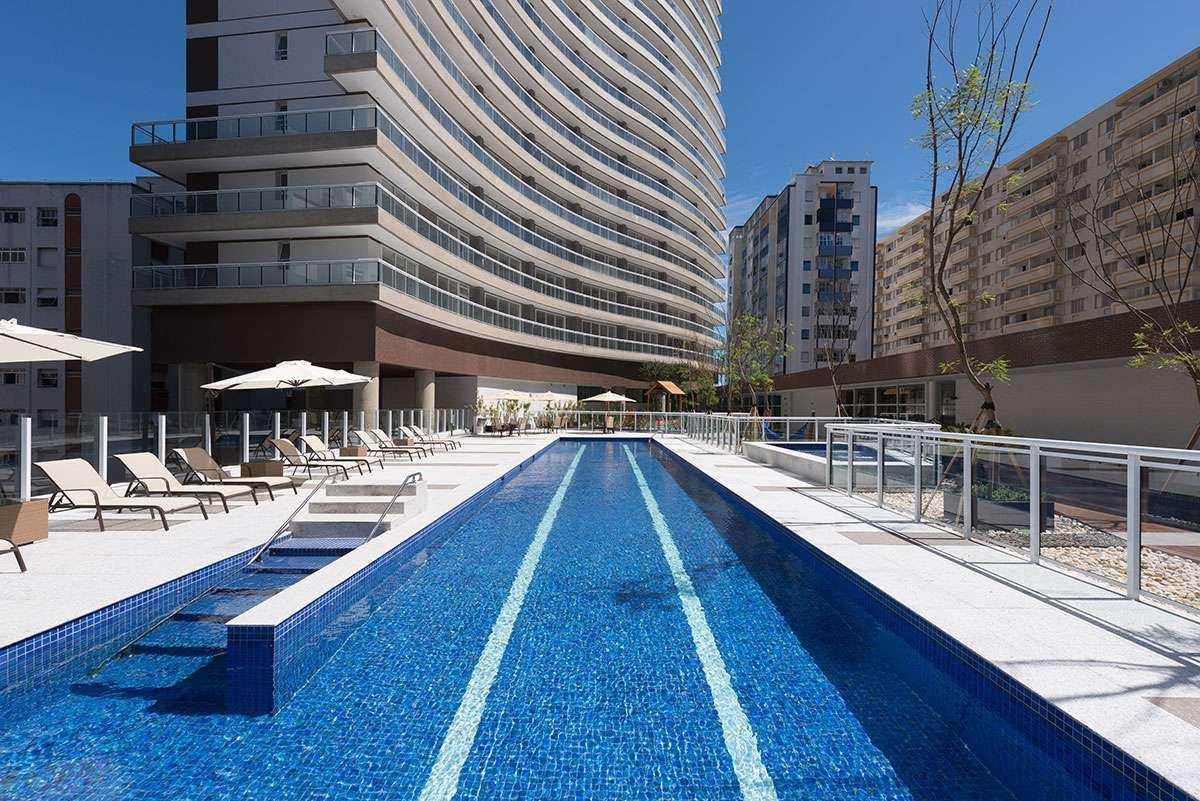 piscina aquecida com raia semi olimpica