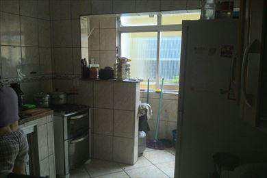 227600-COZINHA_COM_AREA_DE_SERVICO_AO_FUNDO.jpg