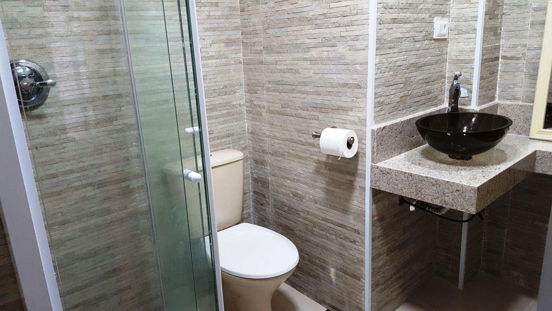 F - wc suite (3)