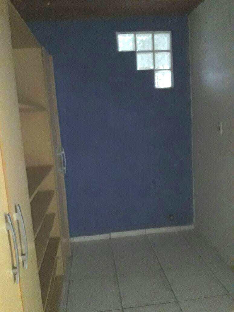 E. Closet dorm 1 (1)