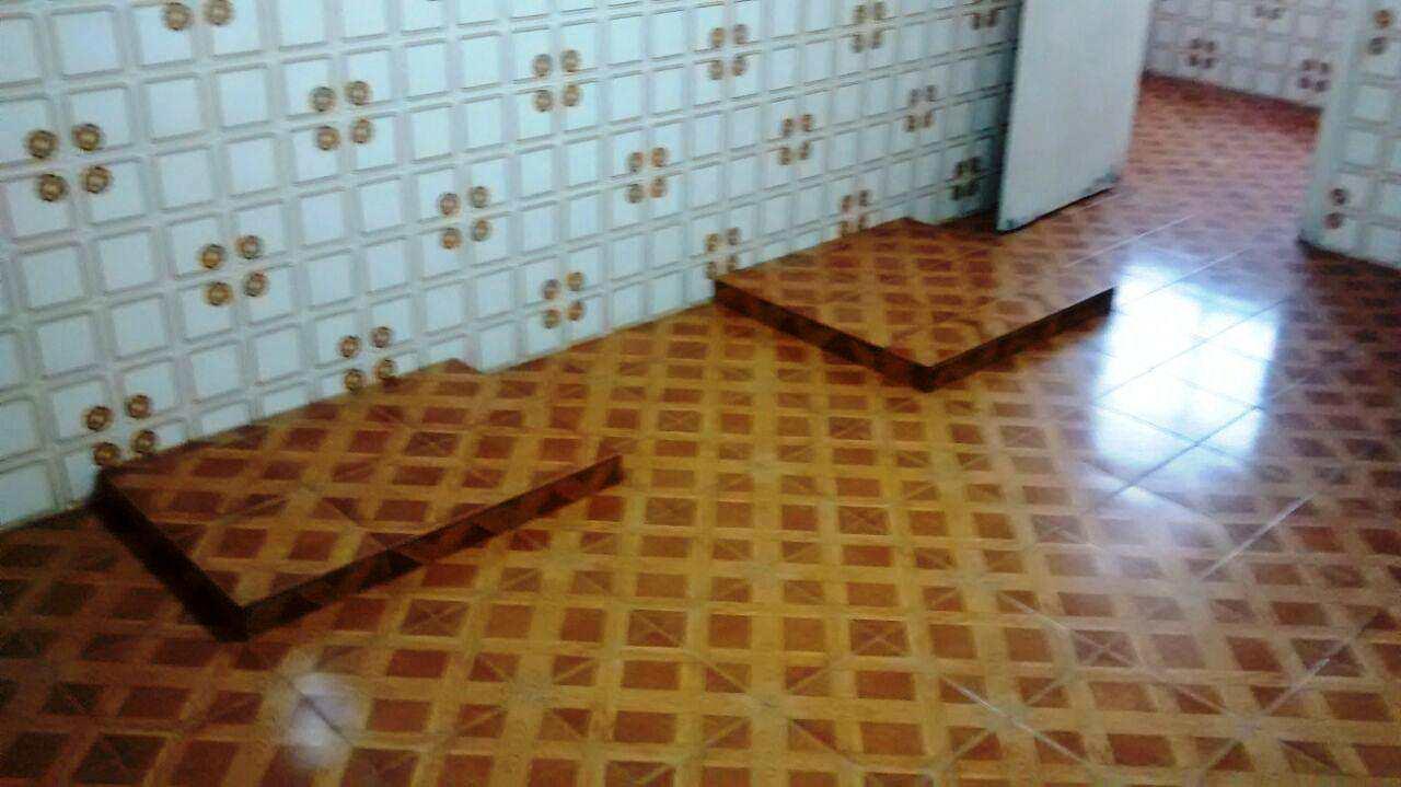 B. Cozinha (4)
