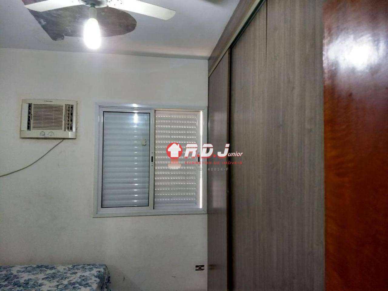 Casa com 4 dorms, Embaré, Santos - R$ 750 mil, Cod: 3455