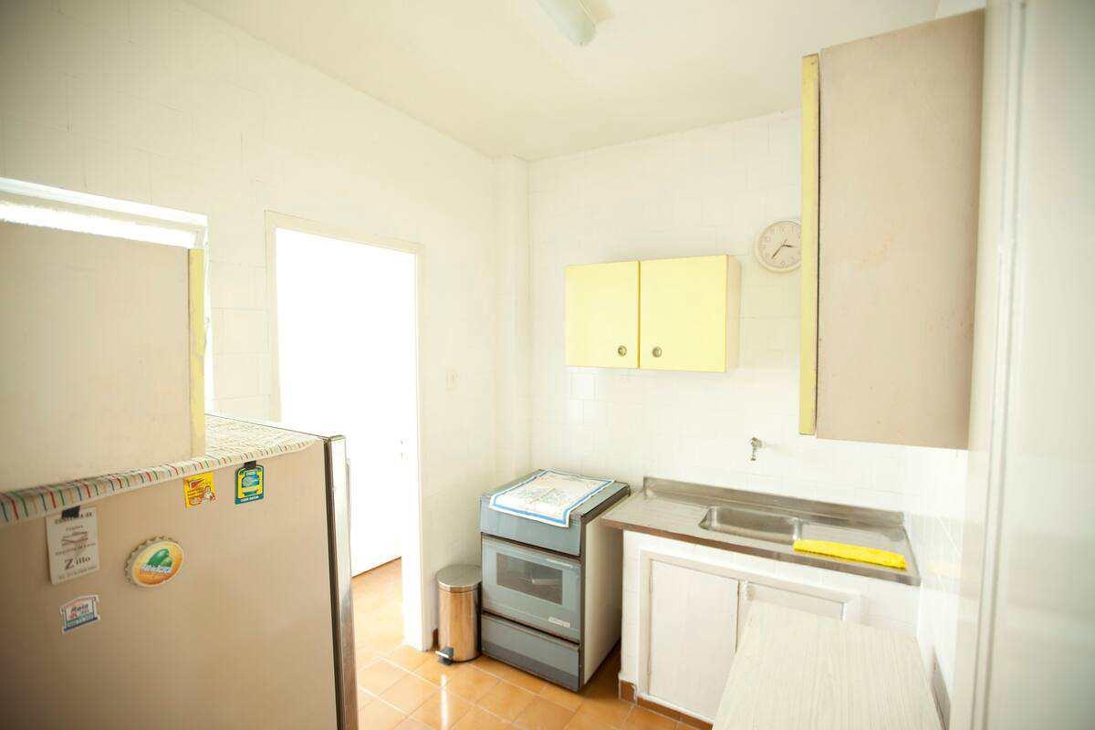 Apartamento com 2 dorms, Itararé, São Vicente, Cod: 3945