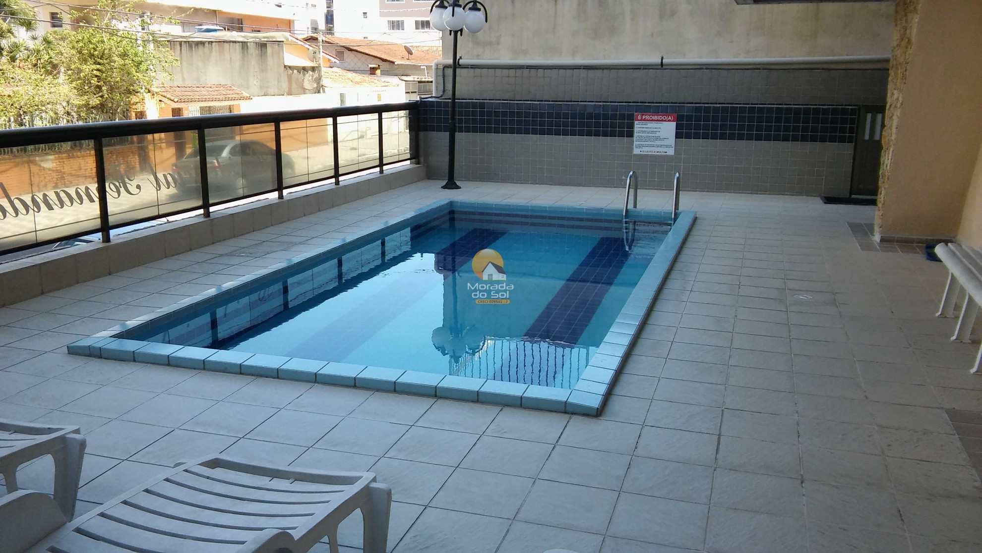39 piscina do prédio