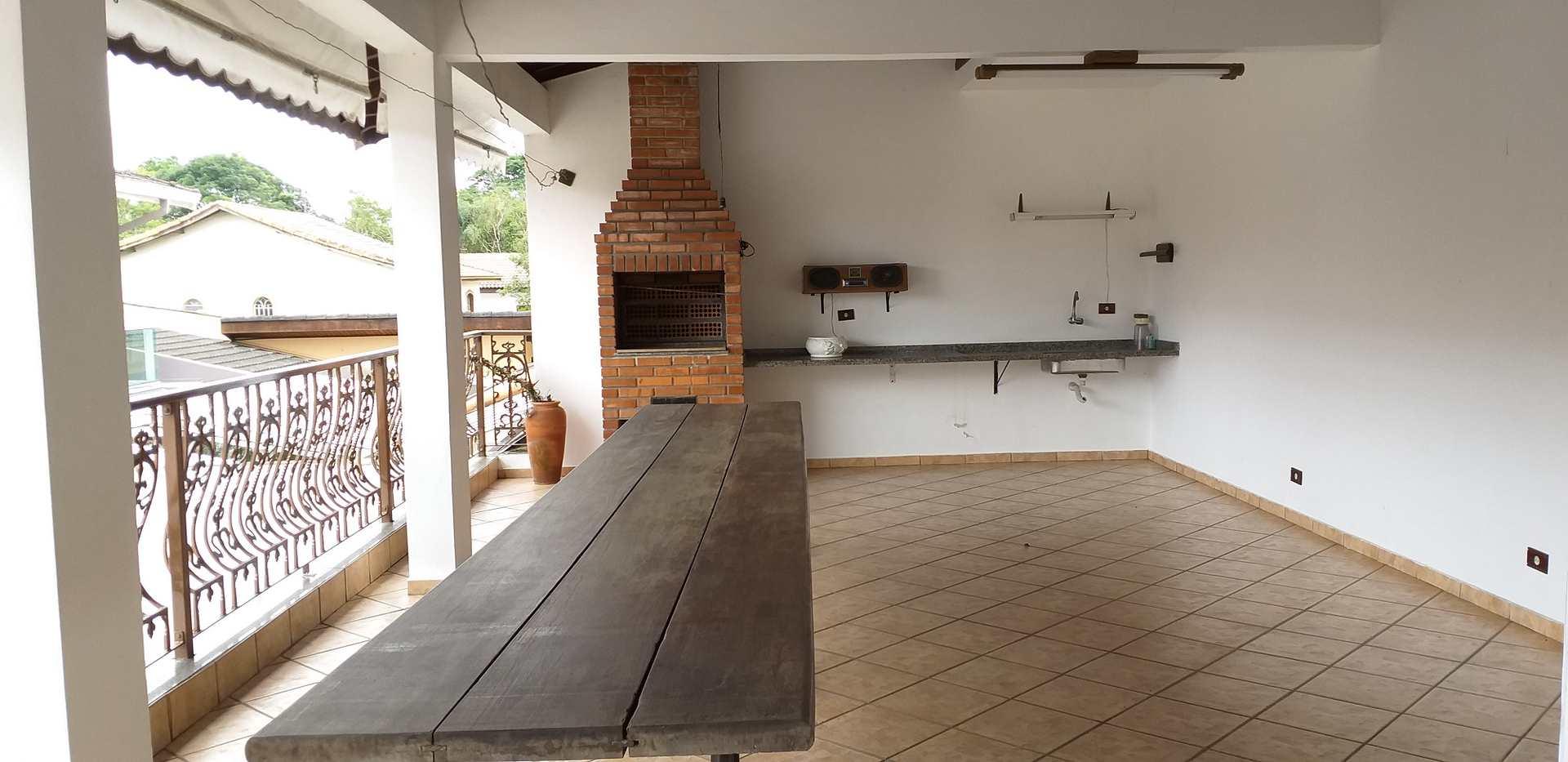Sobrado com 4 dorms, Centro, Ribeirão Pires - R$ 1.17 mi, Cod: 1641