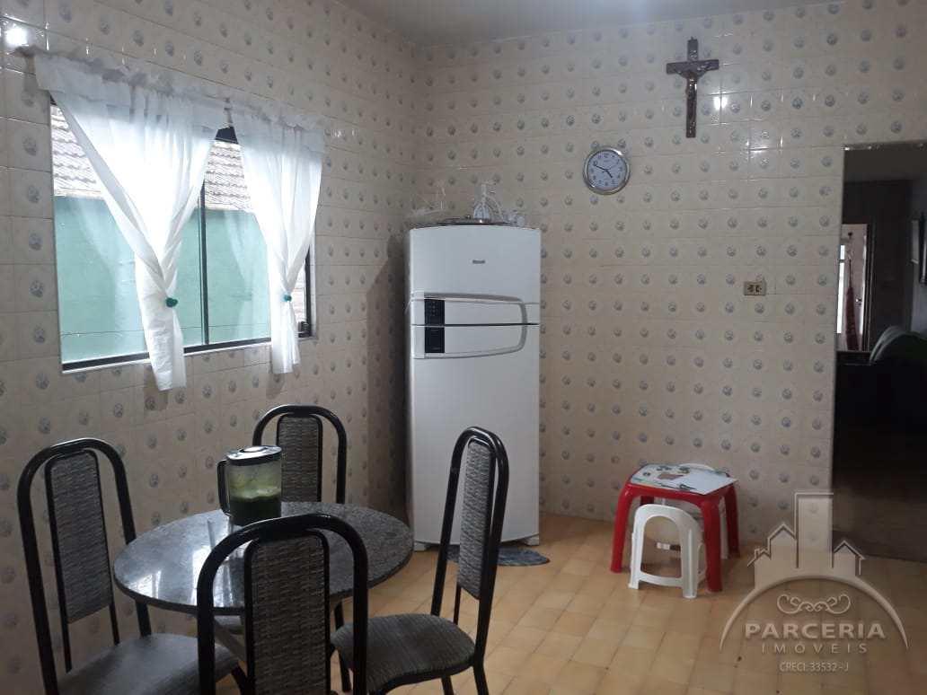 Casa com 3 dorms, Jardim Casqueiro, Cubatão - R$ 650 mil, Cod: 1122