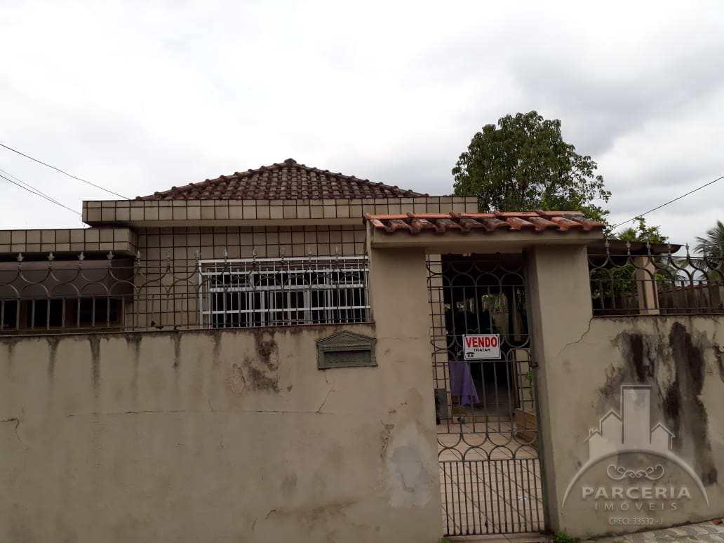 Casa com 3 dorms, Jardim Casqueiro, Cubatão - R$ 780 mil, Cod: 1151