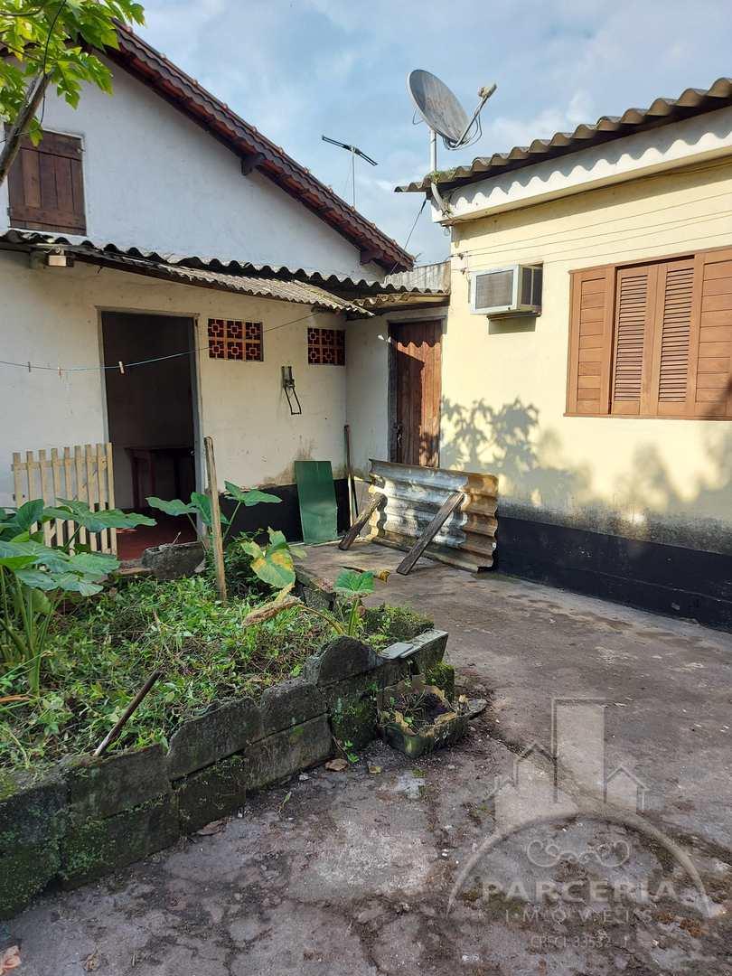 Casa com 3 dorms, Jardim São Francisco, Cubatão - R$ 360 mil, Cod: 1273