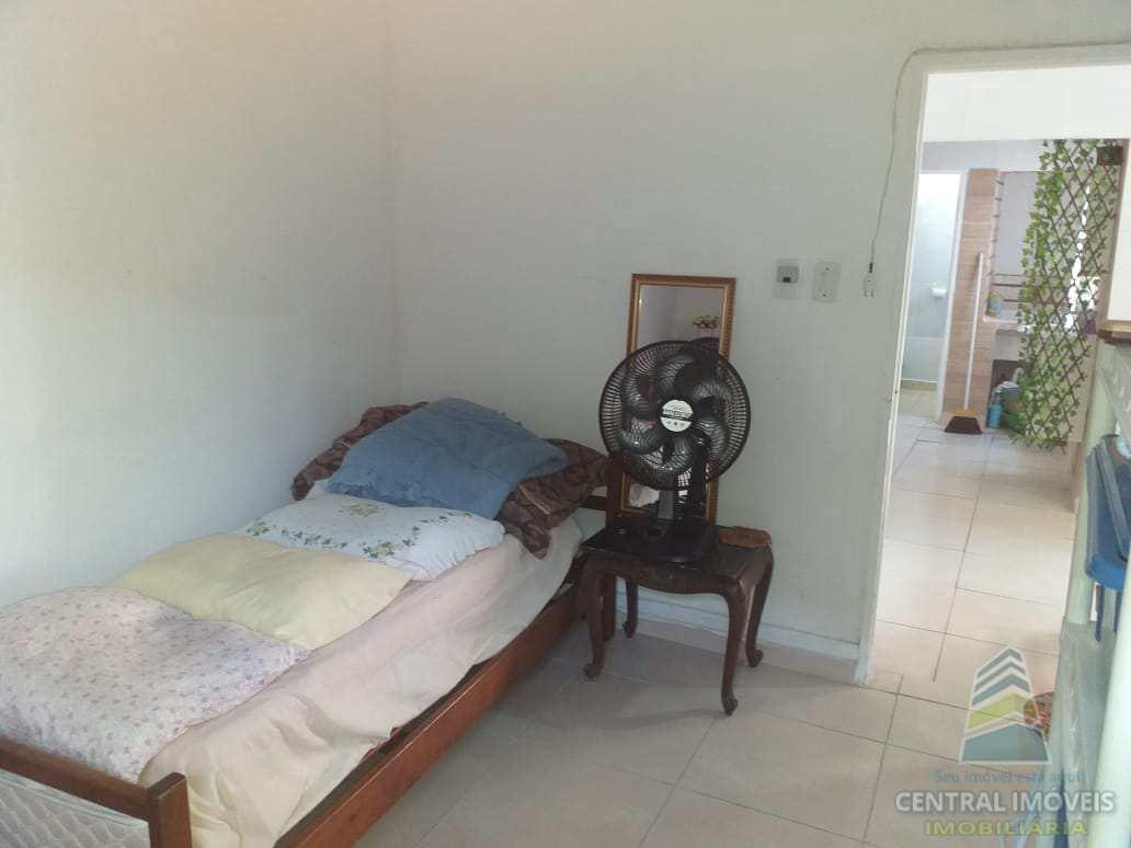 Casa com 4 dorms, Canto do Forte, Praia Grande - R$ 375 mil, Cod: 6431