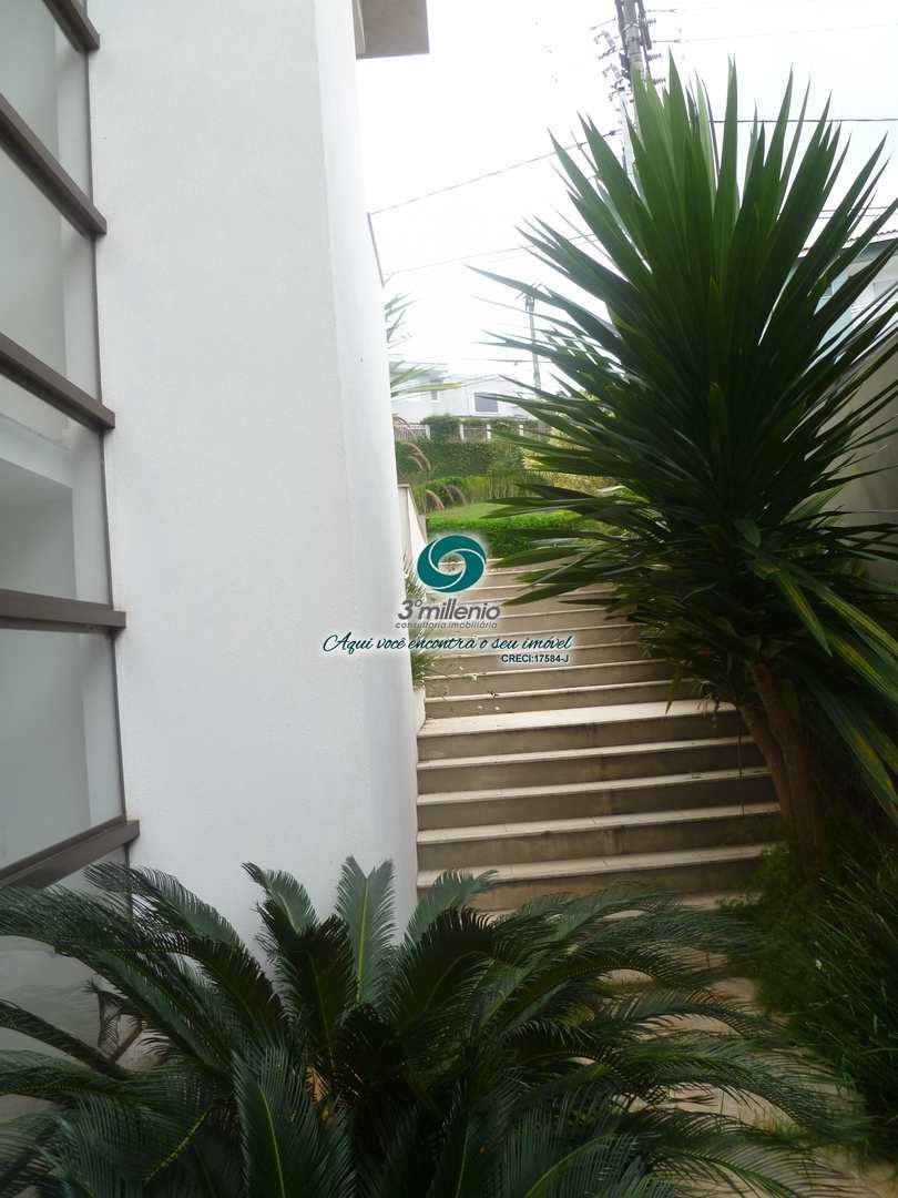 Casa com 4 suítes Venda Golf Village -Granja Viana -Carapicuiba