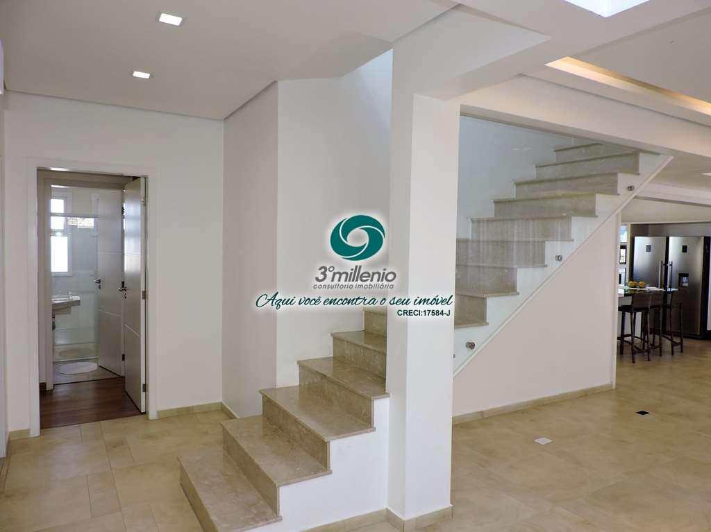 escadas e lavabo