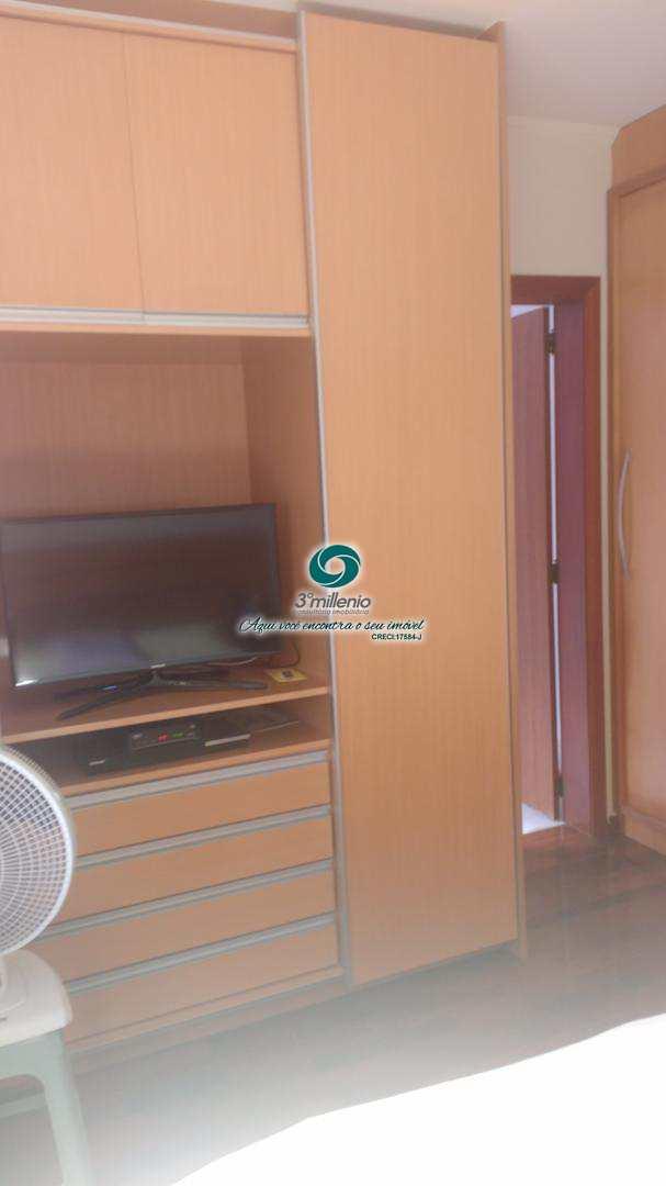 Casa de Condomínio com 4 dorms, SOLAR DOS NOBRES, Carapicuíba - R$ 910.000,00, 250m² - Codigo: 30394
