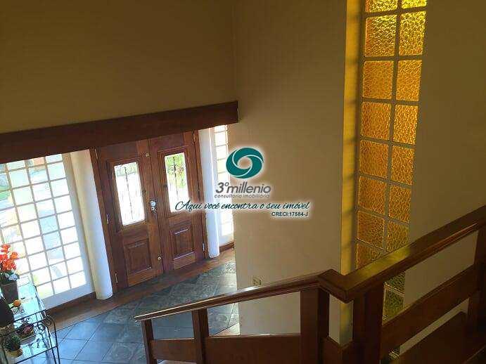Casa com 3 dorms, Chácara Santa Lúcia dos Ypes, Carapicuíba - R$ 1.2 mi, Cod: 30409