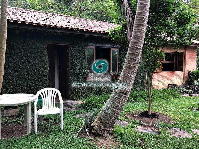 Casa com 3 dorms, Vila Santo Antônio, Cotia - R$ 2.000.000,00, 482,18m² - Codigo: 30411
