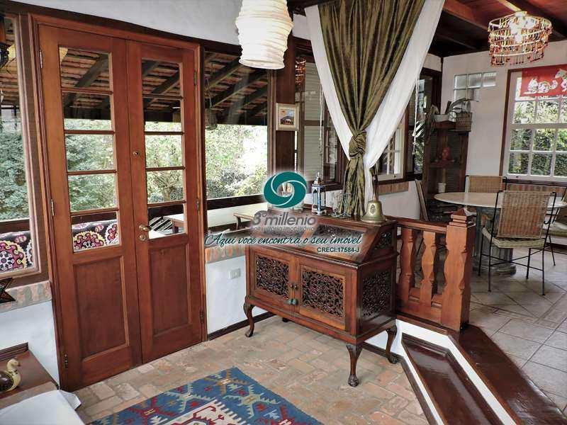 Casa com 3 dorms, Recanto Verde, Carapicuíba - R$ 1.55 mi, Cod: 30420