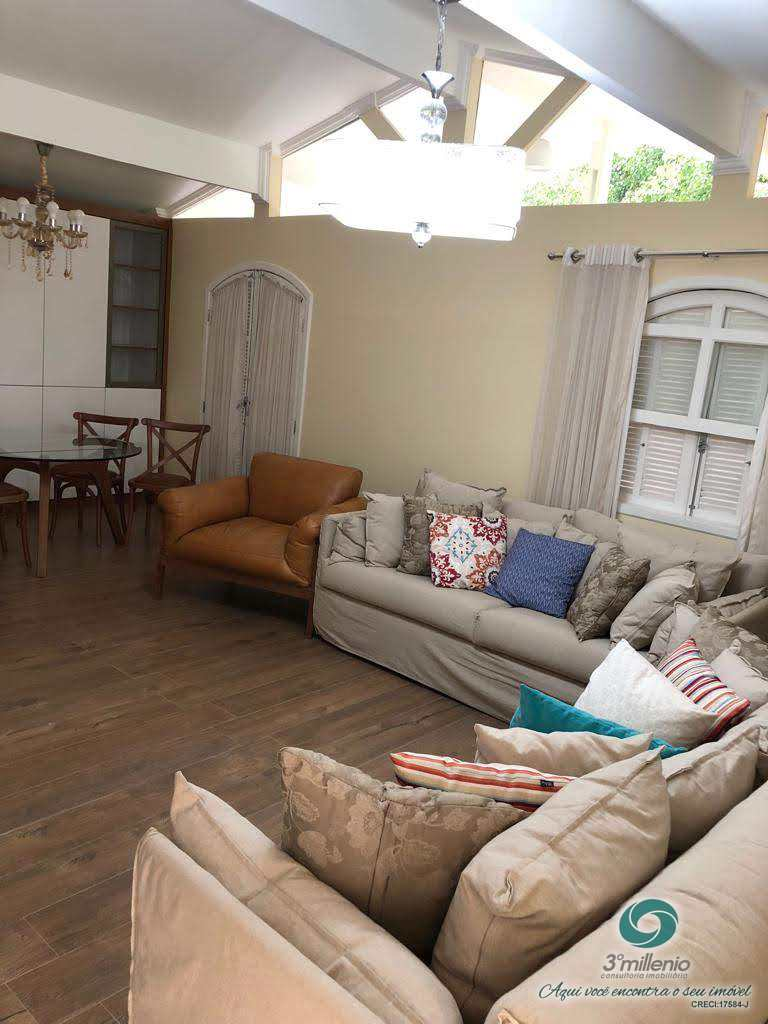 Casa com 3 dorms, Granja Viana II - Gleba IV e V, Cotia - R$ 650 mil, Cod: 30451