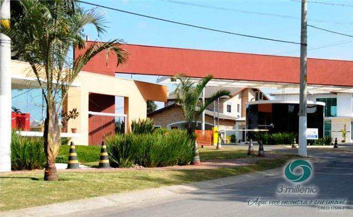 Terreno no condominio Alphaville Granja Viana - 430.000,00