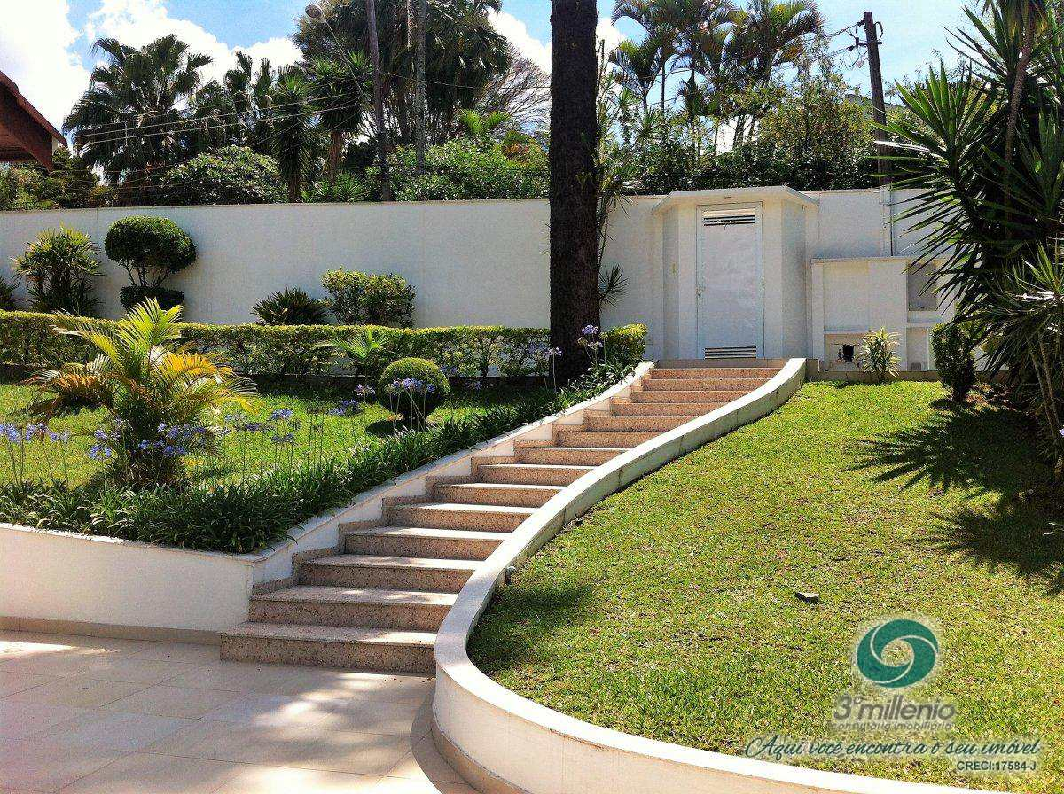 Casa com 3 dorms, Chácara Eliana, Cotia - R$ 1.8 mi, Cod: 30506