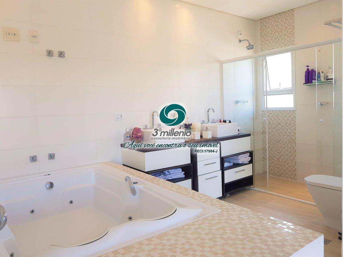 Casa com 4 dorms, 3 suites -Reserva Santa Maria- Cod: 30508