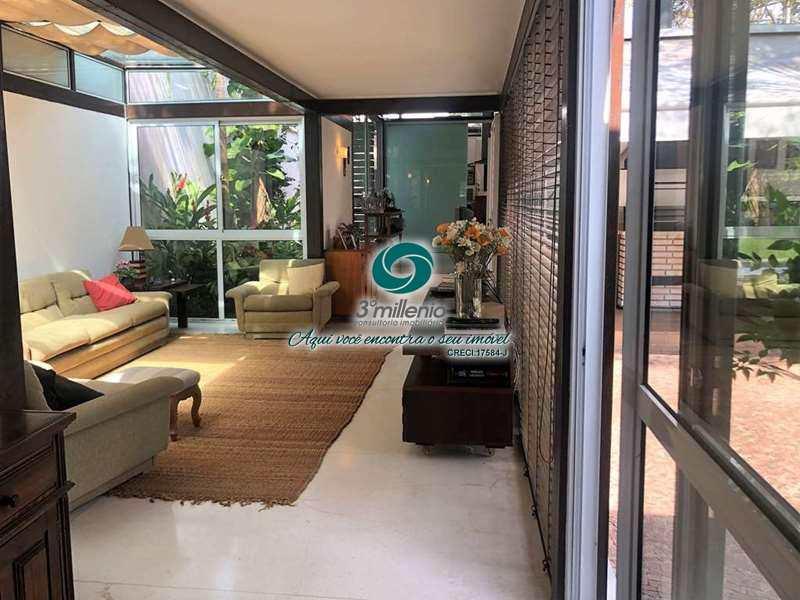 Casa com 3 dorms, Vila Santo Antônio, Cotia - R$ 1.5 mi, Cod: 30550