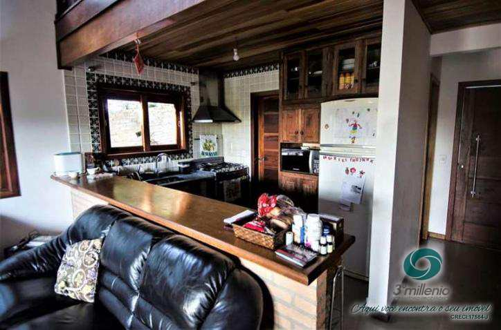 Casa com 3 dorms, Vila Santo Antônio, Cotia - R$ 830 mil, Cod: 30571