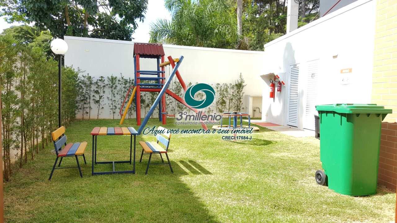 Casa com 4 dorms, Chácara do Refúgio, Carapicuíba - R$ 869 mil, Cod: 30603
