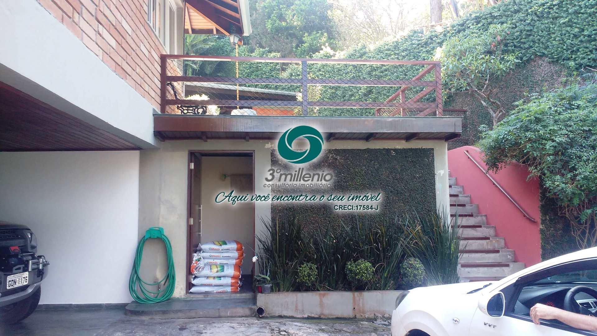 Casa com 4 dorms, Chácara dos Lagos, Carapicuíba - R$ 3.8 mi, Cod: 30682