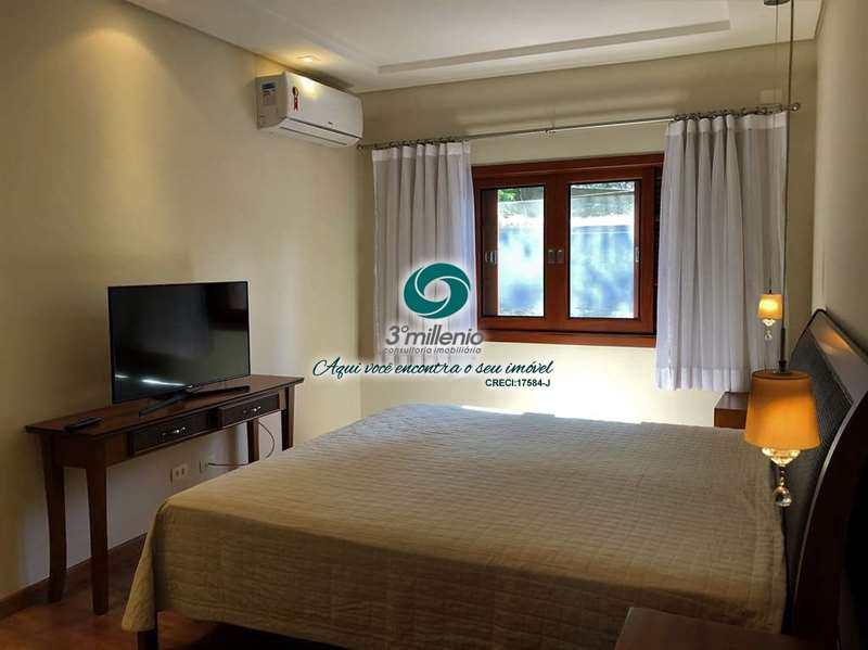 Casa com 4 dorms, Chácara São João, Carapicuíba - R$ 1.7 mi, Cod: 30713