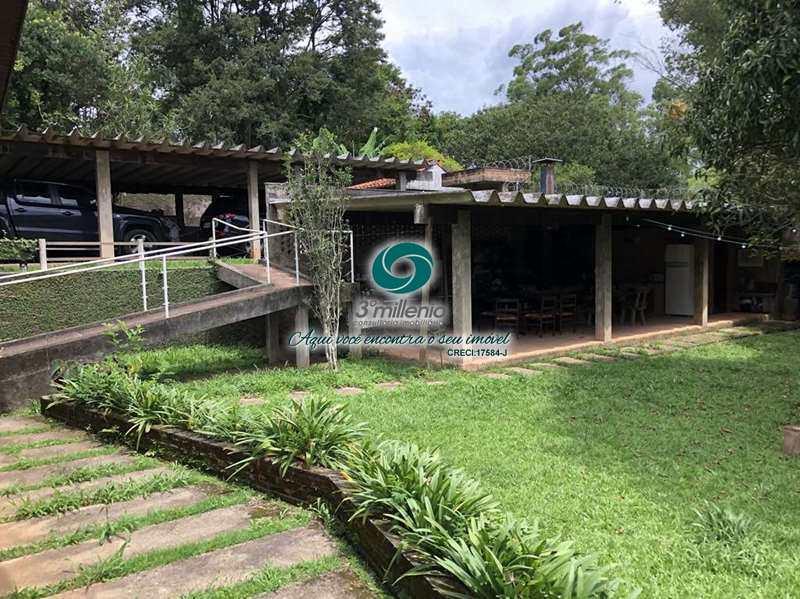 Casa com 3 dorms, Chácara dos Lagos, Carapicuíba - R$ 1.9 mi, Cod: 30779