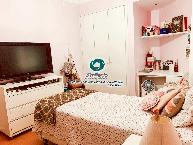 Casa com 3 dorms, São Paulo II, Cotia - R$ 1.3 mi, Cod: 30787