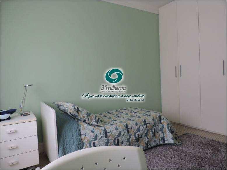 Casa com 4 dorms, Algarve, Cotia - R$ 3.27 mi, Cod: 30791