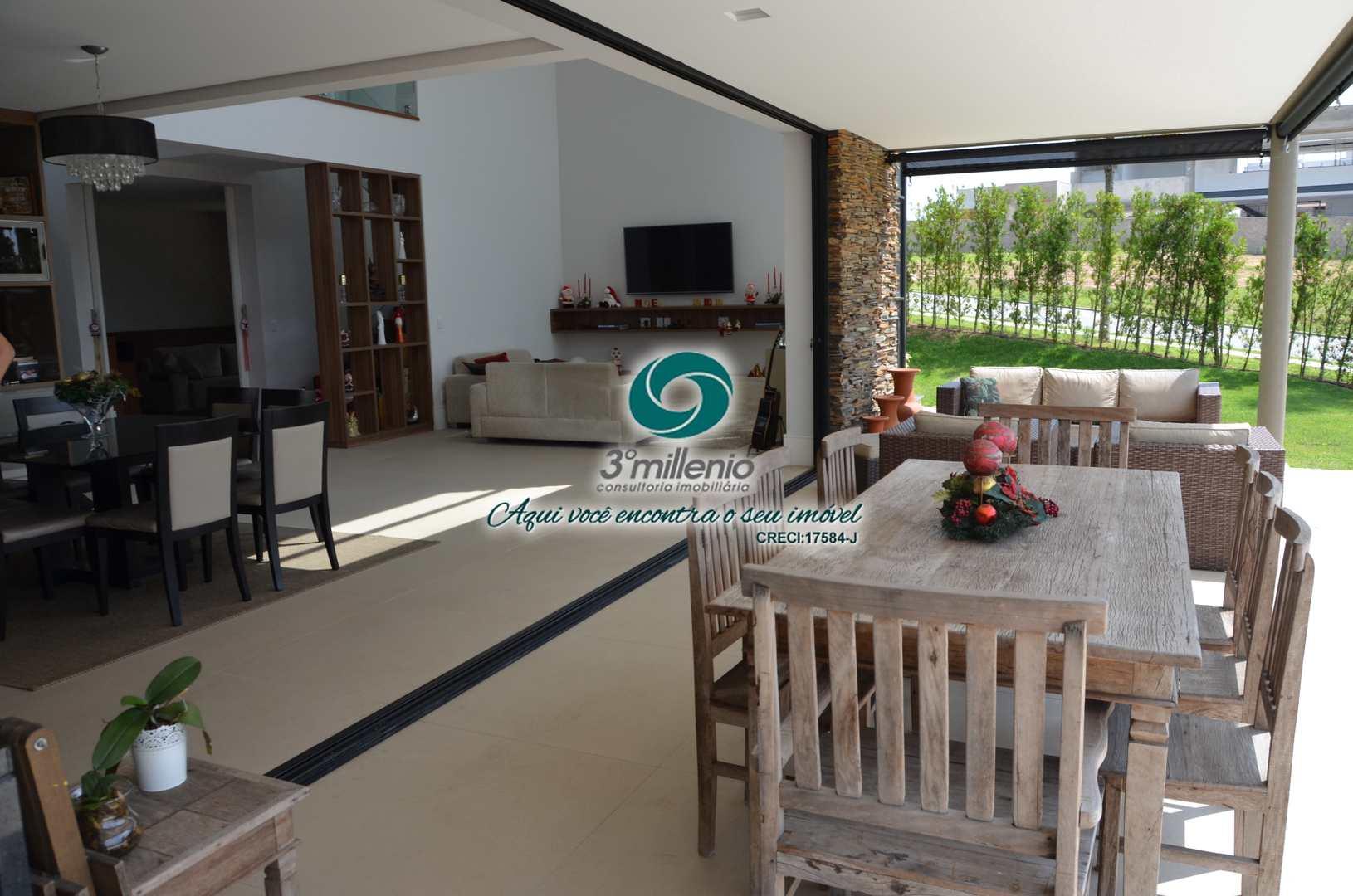 Casa com 4 dorms, ALPHAVILLE GRANJA VIANA, Carapicuíba - R$ 2.6 mi, Cod: 30797