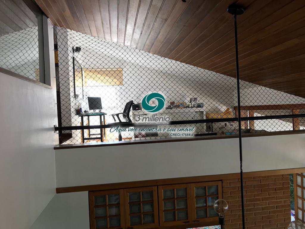 Com 4 dorms, Venda e Locação -Granja Viana - Cotia R$ 1.95 mi,