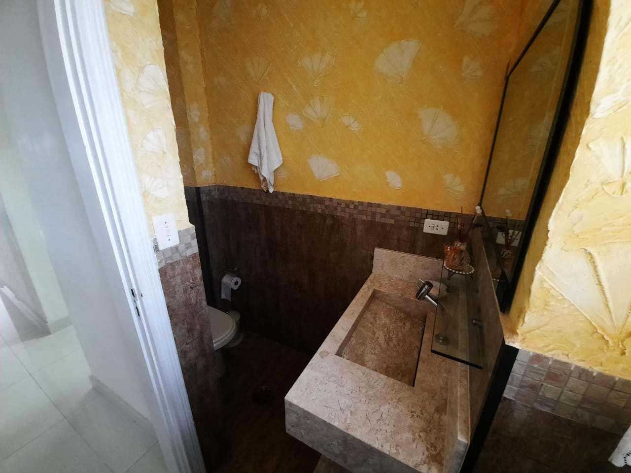 Apartamento com 3 dorms, Centro, Guarujá - R$ 700 mil, Cod: 2936